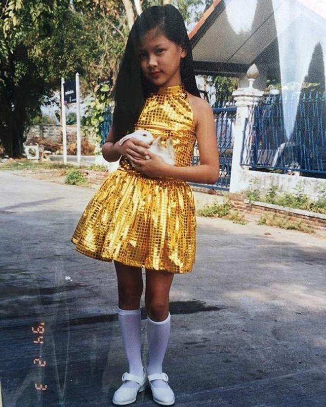 """Top sao nữ đẹp từ trong trứng nước của showbiz Thái: Dàn má»¹ nhân lai xuất sắc, Nira """"Chiếc lá bay"""" chÆ°a phải là nhất! - Ảnh 7."""