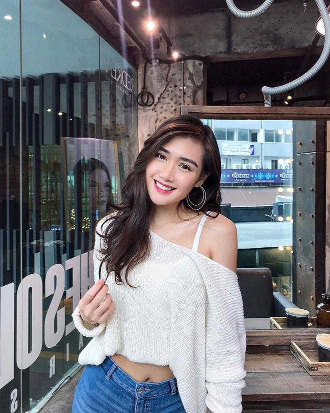 Nữ hộ sĩ xinh đẹp nhất Malaysia: Body cực phẩm, từng làm tiếp viên hàng không - Ảnh 6.