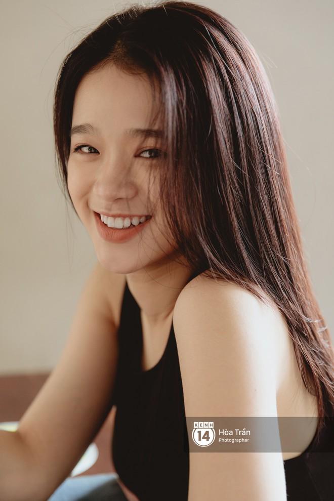 """Hot girl 17 tuổi Linh Ka: Phát ngôn """"tiền có thể mua được điểm cấp 3 và điểm đại học"""" là một cú vấp ngã rất lớn của mình - Ảnh 13."""