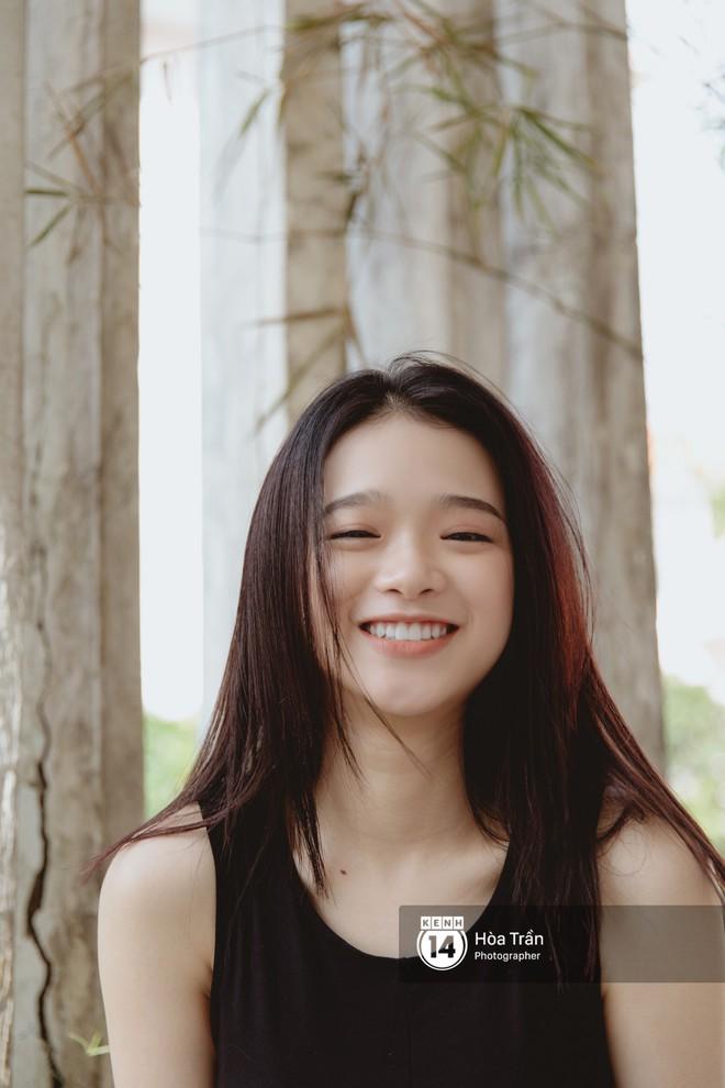 """Hot girl 17 tuổi Linh Ka: Phát ngôn """"tiền có thể mua được điểm cấp 3 và điểm đại học"""" là một cú vấp ngã rất lớn của mình - Ảnh 11."""