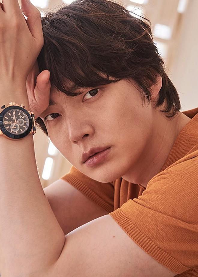 NÓNG: Ahn Jae Hyun viết tâm thư tiết lộ phải điều trị tâm lý, tố Goo Hye Sun bóp méo sự thật, đòi tiền, lục điện thoại - Ảnh 1.