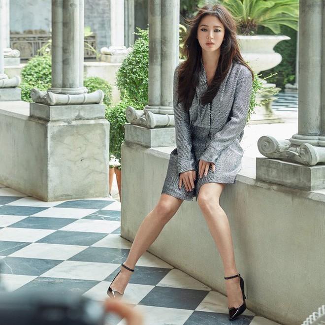 Tình cảnh trái ngược Song Hye Kyo và Goo Hye Sun hậu ly hôn: Người tậu villa siêu sang ở tạm, kẻ phải đi đòi tiền nhà - Ảnh 2.