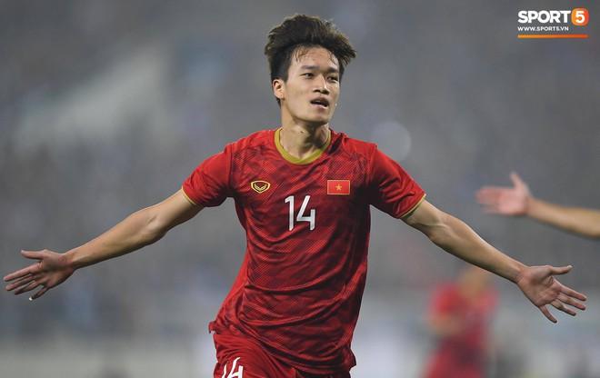 10 cầu thủ Việt Nam xuất sắc nhất sinh năm 1991 đến 2000 thời điểm này là ai? - ảnh 8