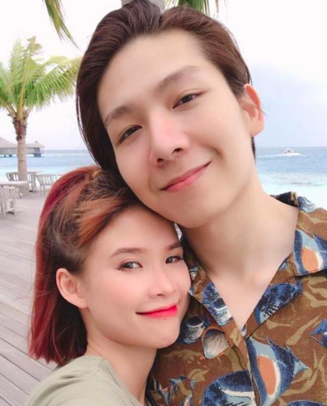 """Cuộc sống của Khởi My và Kelvin Khánh sau 2 năm đám cưới: Kín tiếng nhưng độ """"hot"""" chưa bao giờ giảm sút! - Ảnh 1."""