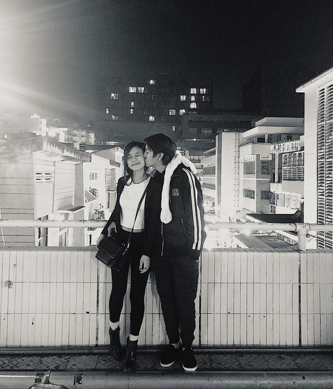 Bà xã Hoài Lâm khoe khoảnh khắc hạnh phúc kỷ niệm 8 năm ngày yêu, chỉ một lời nhắn đơn giản cũng làm bao người ngưỡng mộ! - Ảnh 3.