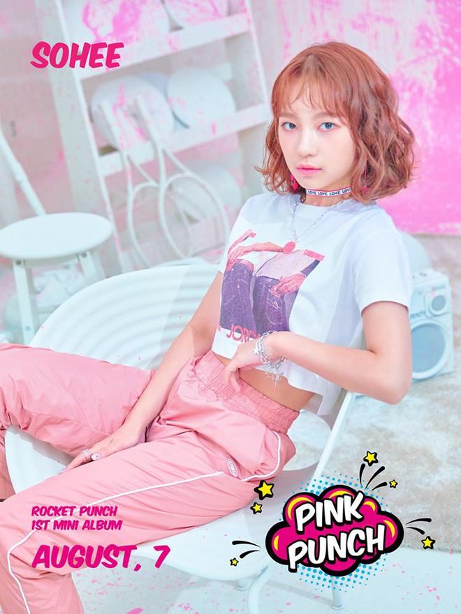 Nhóm nữ tân binh gây chú ý vì album gần giống tên hụt BLACKPINK, có thành viên xinh như center quốc dân IZ*ONE - Ảnh 7.