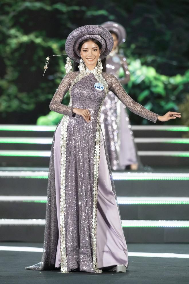 Chung kết Miss World Việt Nam 2019: Thí sinh nhan sắc vẹn toàn nhưng váy áo lại lắm lỡ làng - Ảnh 7.