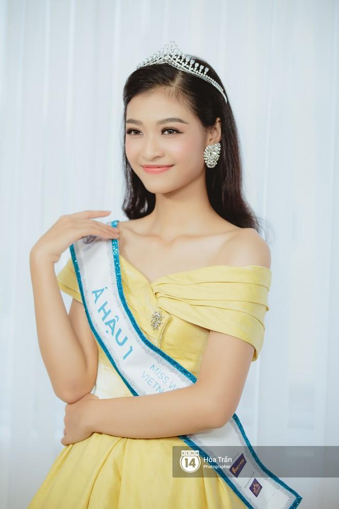 Top 3 Miss World Việt Nam 2019: Tân hoa hậu khẳng định không có ý định phẫu thuật thẩm mỹ, 2 á hậu gây thuyết phục bởi sự tự tin, khôn khéo - Ảnh 14.