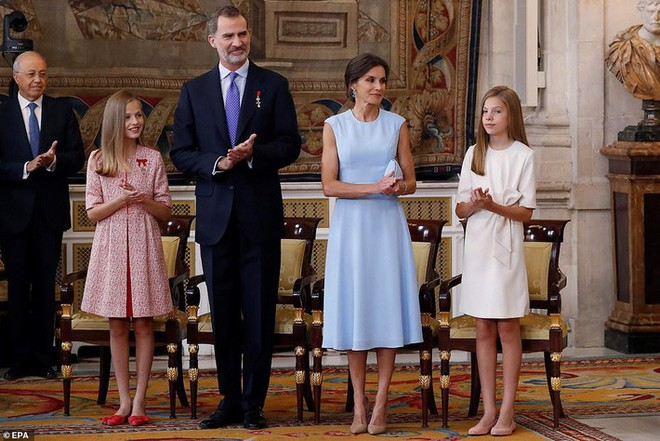 Phong cách thường thấy của những cậu ấm cô chiêu Hoàng gia châu Âu có gì đặc biệt? - Ảnh 5.