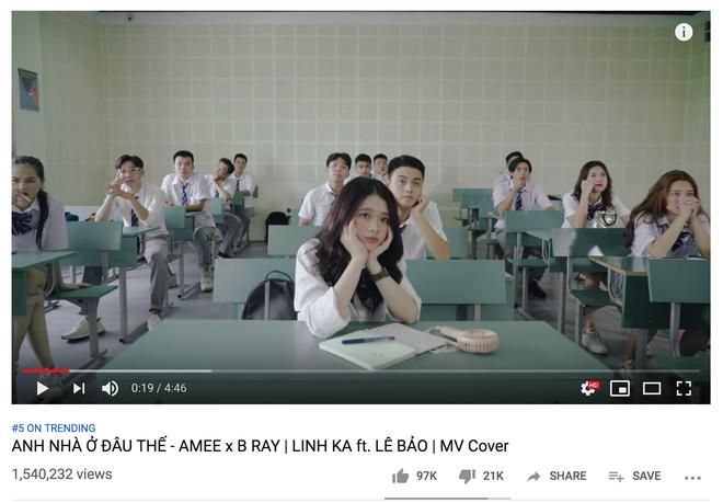 Bất thình lình xuất hiện trong top trending, Linh Ka làm MV cover come back cực mạnh vượt qua Chi Pu - Ảnh 1.