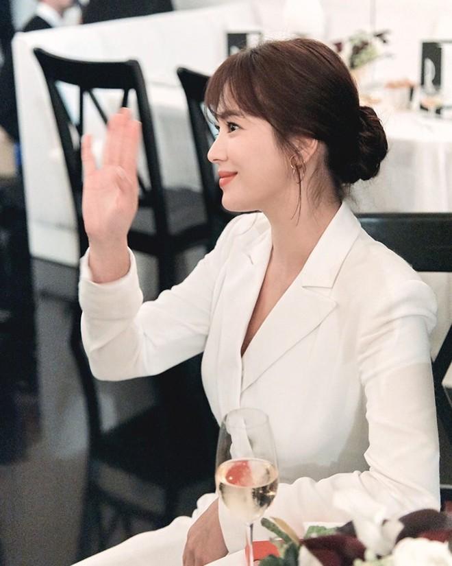 2 tháng sau cuộc ly hôn ngàn tỷ, Song Hye Kyo chia sẻ 1 câu khiến công chúng thở phào nhẹ nhõm - Ảnh 5.