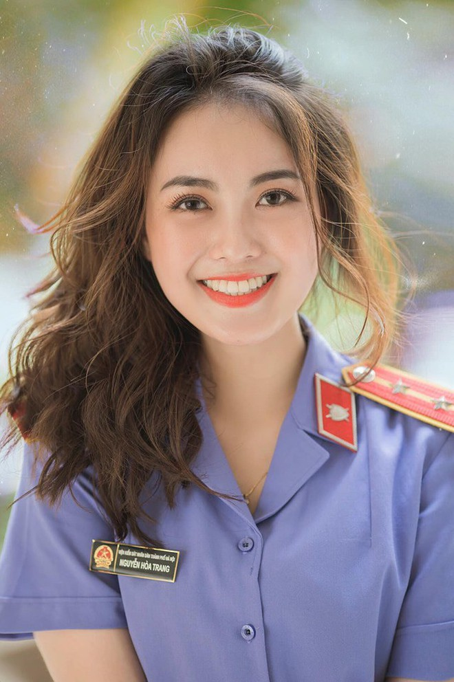 Cựu sinh viên ĐH Kiểm sát Hà Nội xinh chẳng kém gì hotgirl với nụ cười tỏa nắng nhìn là yêu - Ảnh 2.