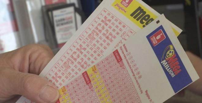Người đàn ông bật hack cheat với số mệnh: Đã 2 lần chiến thắng căn bệnh hiểm nghèo còn trúng 106 tỷ tiền xổ số - Ảnh 1.