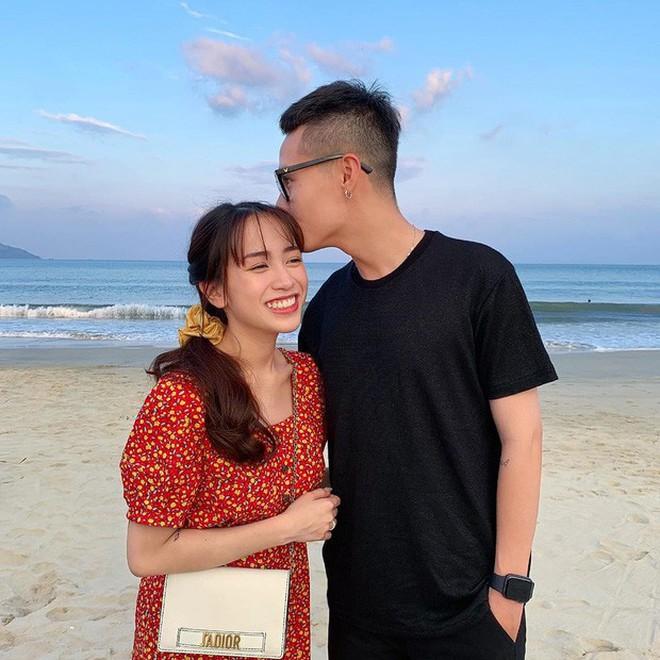 Style ảnh du lịch của nhà Minh Nhựa đối nhau chan chát: Con gái và con rể giản dị bao nhiêu thì bố và vợ - Ảnh 17.