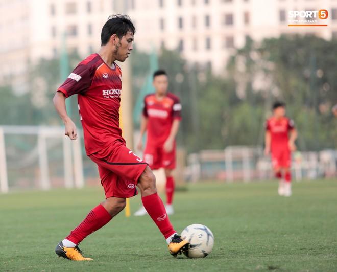 10 cầu thủ Việt Nam xuất sắc nhất sinh năm 1991 đến 2000 thời điểm này là ai? - ảnh 4