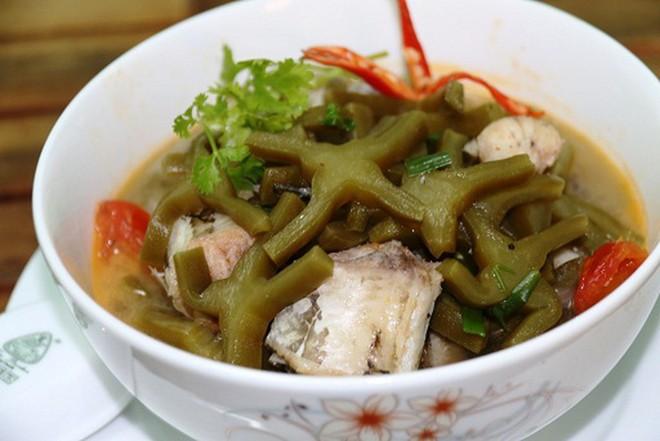"""Người miền Trung có món """"canh lưỡi long"""" được làm từ thứ nguyên liệu chẳng ai ngờ tới, ăn thá» một lần lại nhớ cả đời - Ảnh 3."""