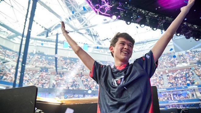 6 cái tên gây nhiều tiếng vang nhất Esports thế giới trong thập kỷ qua: Faker và Dendi, ai mới là số 1? - Ảnh 7.
