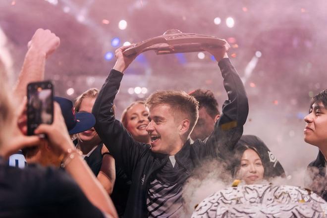 6 cái tên gây nhiều tiếng vang nhất Esports thế giới trong thập kỷ qua: Faker và Dendi, ai mới là số 1? - Ảnh 4.