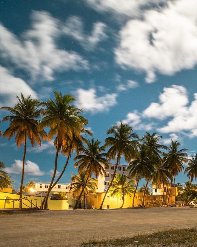"""Muốn biết bàn tay mẹ thiên nhiên kỳ diệu thế nào, cứ nhìn vào 5 hòn đảo """"nằm thẳng tắp thành 1 hàng"""" ở Maldives này sẽ rõ! - Ảnh 10."""
