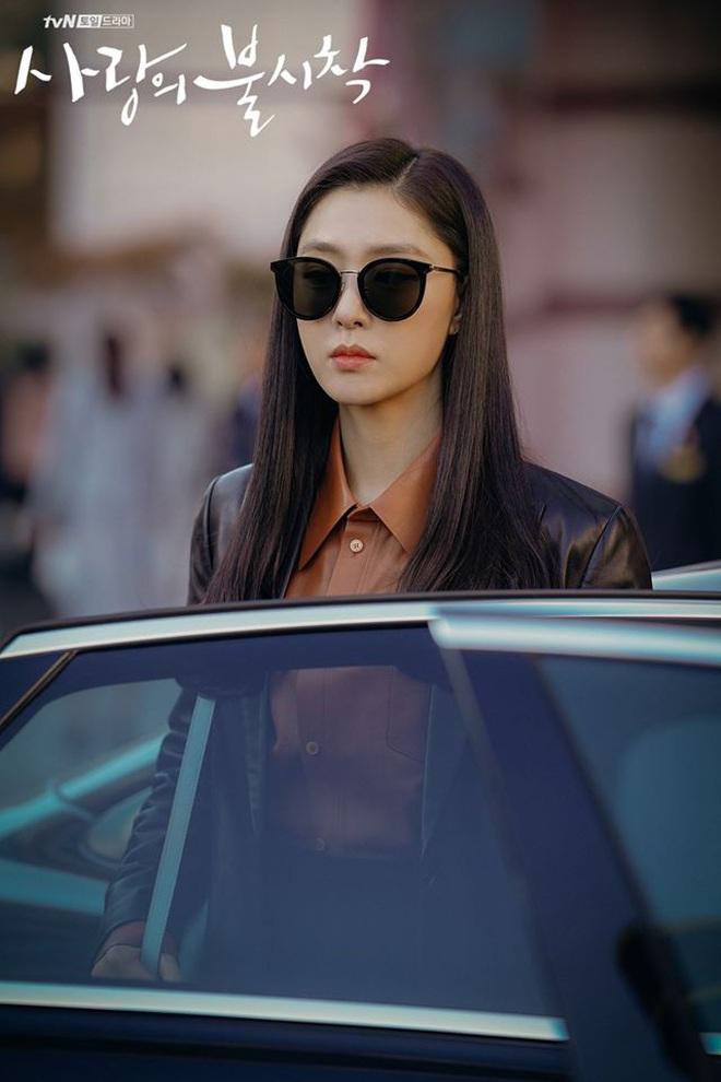 """""""Hôn thê Hyun Bin"""" Seo Ji Hye của Crash Landing On You: Trùm nữ phụ thần thái """"sang xịn mịn"""" nhưng mãi không phất - Ảnh 13."""
