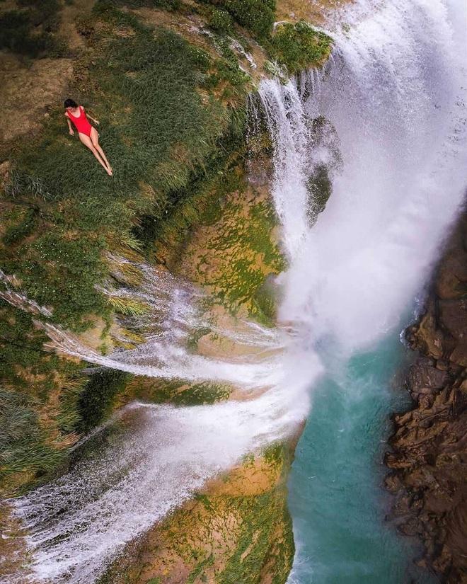 Clip về vẻ đẹp đáng kinh ngạc của hố bơi tự nhiên bên thác nước tại Mexico thu về triệu view, tín đồ du lịch lại có thêm một điểm đến mới để note vào wishlist của mình - Ảnh 2.