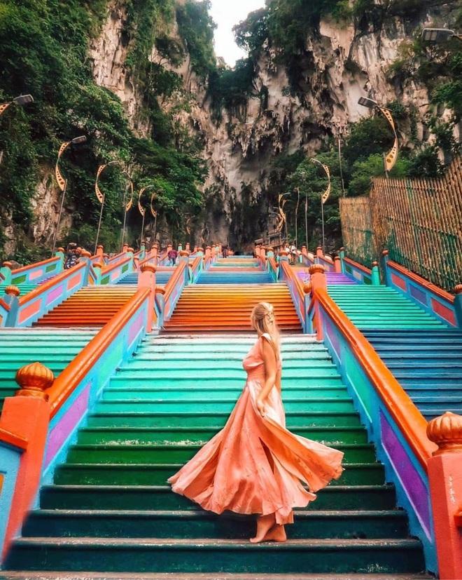 Gợi ý 10 tài khoản Instagram truyền cảm hứng du lịch năm 2020 mà hội thích xê dịch cần follow gấp - Ảnh 9.
