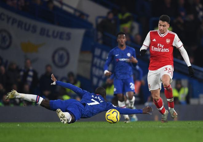 Nam thần Kante bất ngờ tái hiện cú trượt chân đá bay cúp vô địch Ngoại hạng Anh, Chelsea đánh rơi chiến thắng trước Arsenal dù sở hữu lợi thế cực lớn - Ảnh 5.