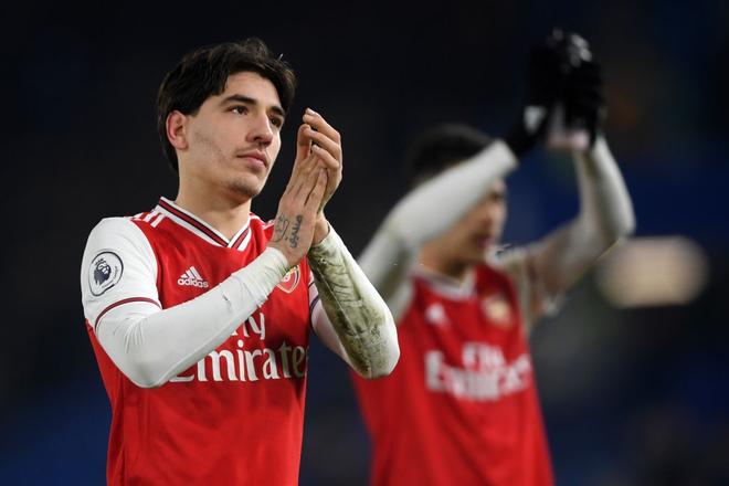 Nam thần Kante bất ngờ tái hiện cú trượt chân đá bay cúp vô địch Ngoại hạng Anh, Chelsea đánh rơi chiến thắng trước Arsenal dù sở hữu lợi thế cực lớn - Ảnh 9.