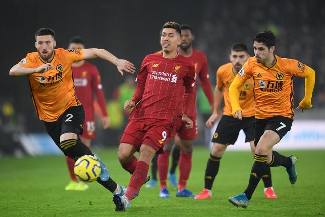 Xé lưới Wolves ở những phút cuối cùng, Firmino giúp Liverpool giữ vững ngôi đầu bảng Ngoại hạng Anh - Ảnh 2.