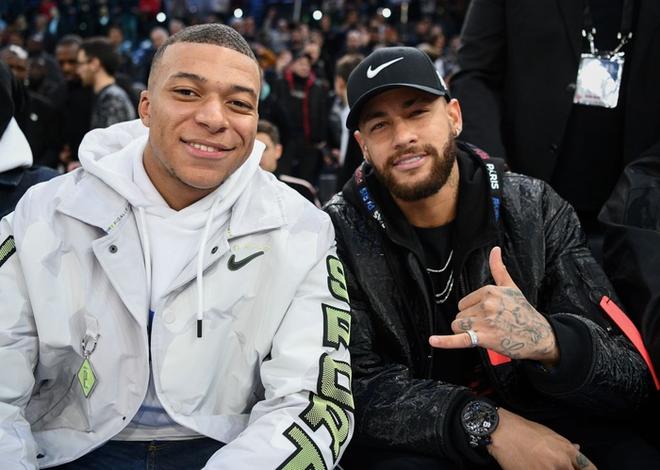 Dàn sao Paris Saint-Germain hội tụ cùng những huyền thoại bóng rổ thế giới trong trận đấu NBA Paris Match 2020 - Ảnh 8.