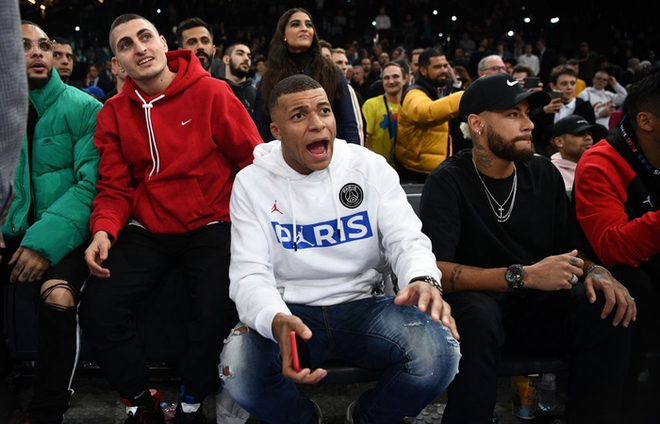 Dàn sao Paris Saint-Germain hội tụ cùng những huyền thoại bóng rổ thế giới trong trận đấu NBA Paris Match 2020 - Ảnh 9.