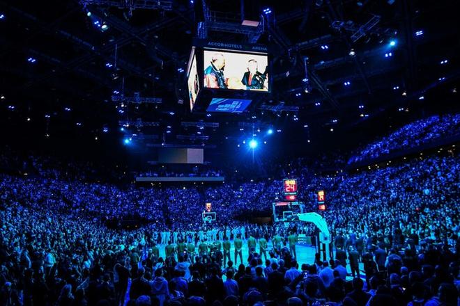 Dàn sao Paris Saint-Germain hội tụ cùng những huyền thoại bóng rổ thế giới trong trận đấu NBA Paris Match 2020 - Ảnh 4.