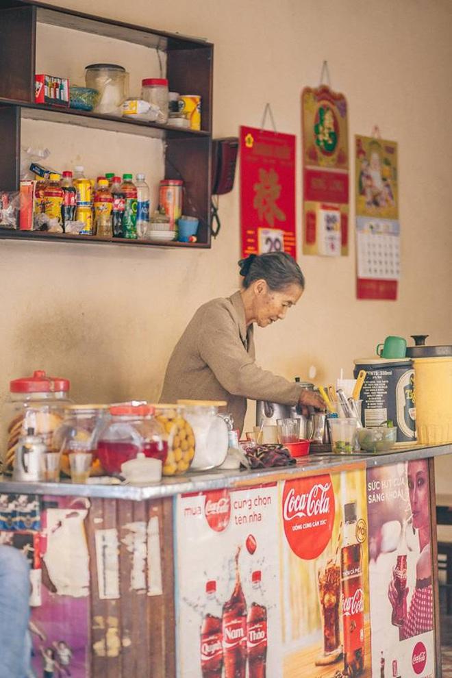 Tết này, người Đà Lạt chính thức mất đi góc cà phê vợt thân quen với tuổi đời hơn nửa thế kỷ ở quán bà Năm! - Ảnh 1.
