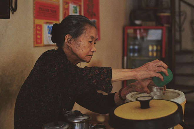 Tết này, người Đà Lạt chính thức mất đi góc cà phê vợt thân quen với tuổi đời hơn nửa thế kỷ ở quán bà Năm! - Ảnh 7.