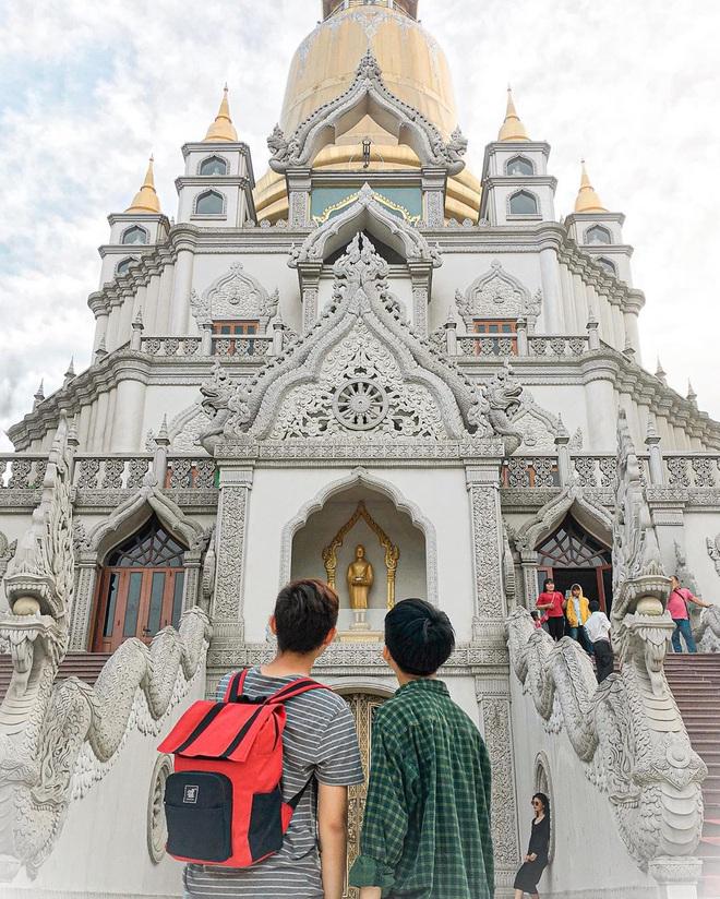 Khai chân đầu năm tại 5 ngôi chùa nổi tiếng linh thiêng và đẹp nhất Sài Gòn, vừa cầu bình an lại còn tha hồ chụp hình sống ảo - Ảnh 5.