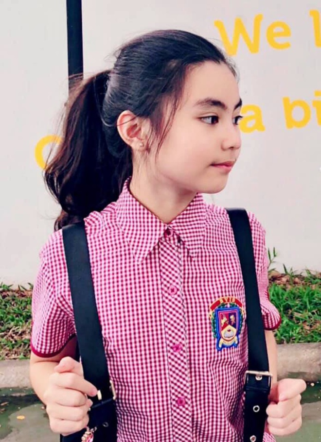 2 công chúa nhà Quyền Linh: Cô chị ra dáng Hoa hậu, cô em cũng cao lớn vượt trội chuẩn mỹ nhân Vbiz tương lai  - Ảnh 3.