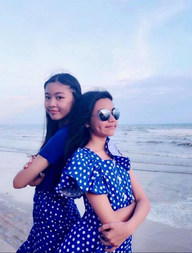 2 công chúa nhà Quyền Linh: Cô chị ra dáng Hoa hậu, cô em cũng cao lớn vượt trội chuẩn mỹ nhân Vbiz tương lai  - Ảnh 5.