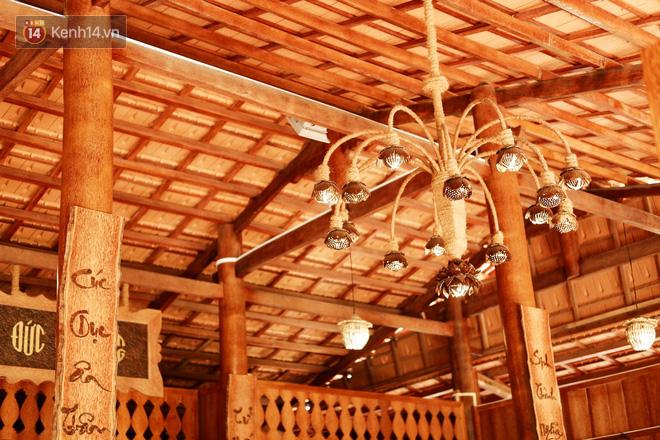 Căn nhà gần 6 tỷ đồng được làm từ 4.000 cây dừa của lão nông 80 tuổi gây ngỡ ngàng người dân miền Tây - Ảnh 3.