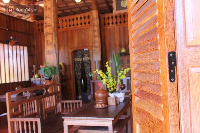 Căn nhà gần 6 tỷ đồng được làm từ 4.000 cây dừa của lão nông 80 tuổi gây ngỡ ngàng người dân miền Tây - Ảnh 2.