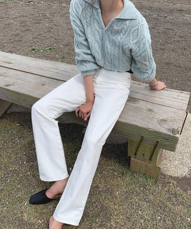 Tậu quần jeans trắng là có style sang xịn trendy, phối đồ đơn giản cỡ nào trông cũng hay ho - ảnh 7