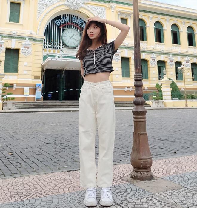 Tậu quần jeans trắng là có style sang xịn trendy, phối đồ đơn giản cỡ nào trông cũng hay ho - ảnh 15