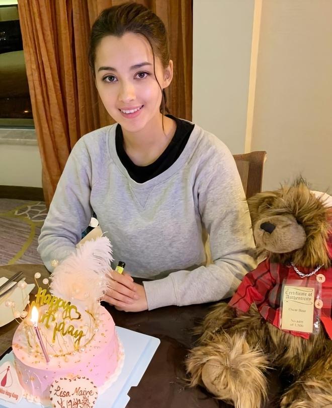Hoa hậu Hong Kong 2020 đẹp nhất nhiều năm qua: Tiên nữ lai Âu - Á chỉ cao 1m60, không thạo tiếng Hong Kong và hoàn toàn mù mịt về Showbiz - ảnh 11