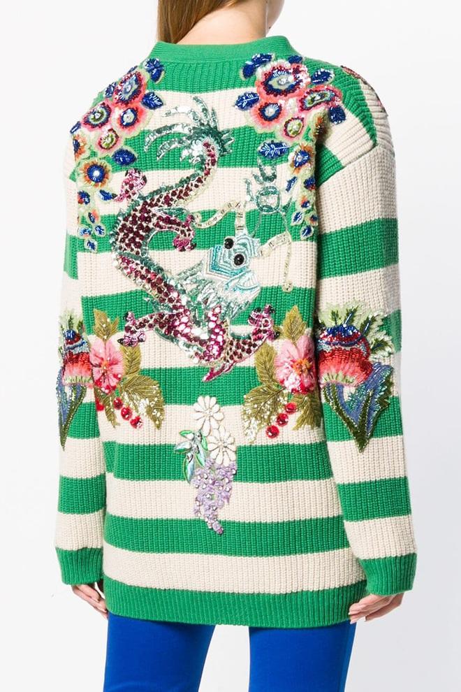 """Mai Phương Thúy chi 250 triệu sắm áo Gucci như """"tấm chăn len"""", chịu chơi số 2 thì Vbiz không ai nhận số 1 - Ảnh 6."""