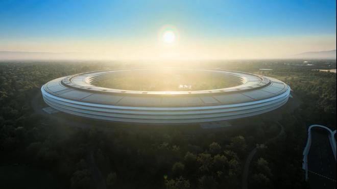 iPhone 12 ra mắt online tưởng nhàm chán, nào ngờ chúng ta được dịp ngắm trọn khuôn viên Apple hoành tráng, nhìn mà chỉ thấy mê chữ ê kéo dài - Ảnh 7.