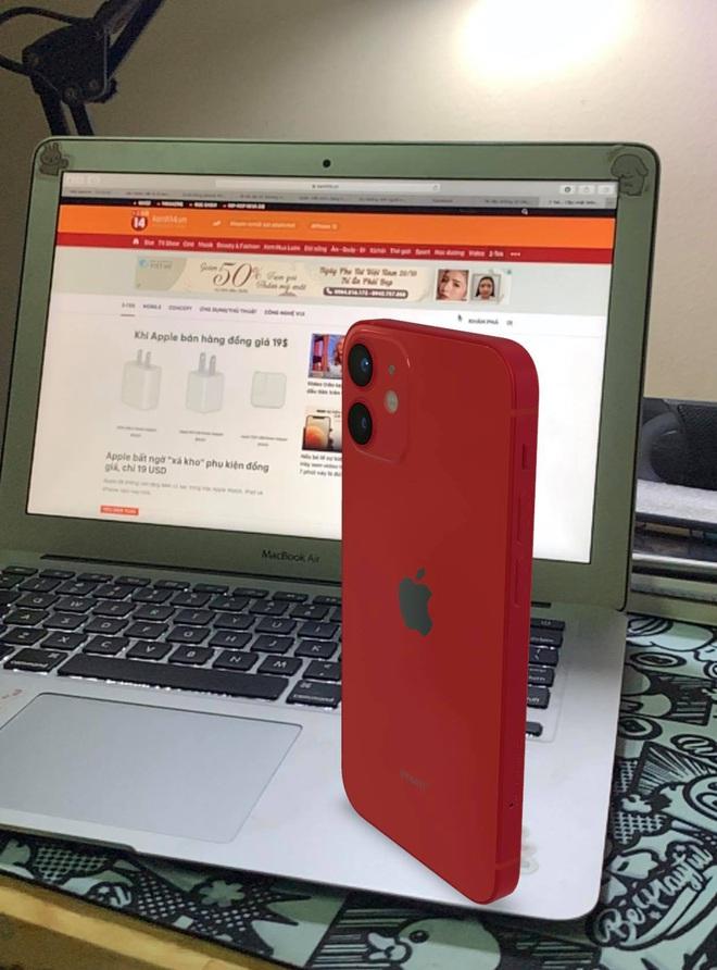 iPhone 12 chưa mở bán, bạn vẫn có thể trên tay mà chẳng phải tốn đồng nào! - ảnh 3