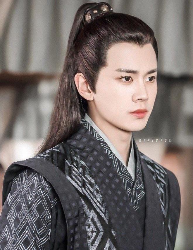 Vương Nhất Bác hất cẳng loạt đàn anh, bỏ xa Dịch Dương Thiên Tỉ ở cuộc đua Kim Ưng năm 2020? - ảnh 23