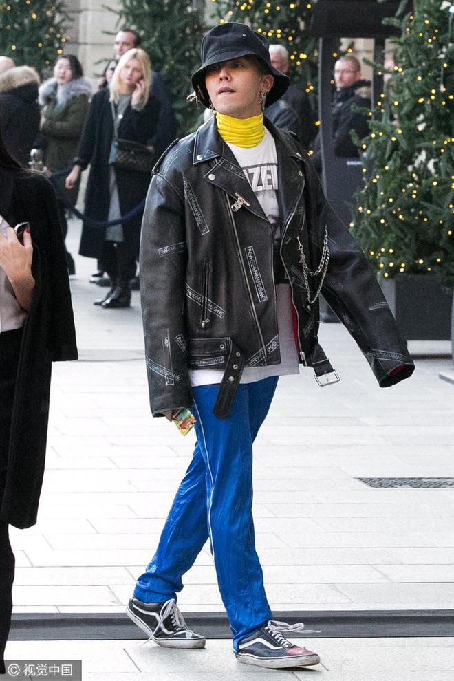 Từ chân của những gã skater đường phố cho đến kệ giày của BLACKPINK, tại sao tất cả lại điên đảo với Vans Old Skool? - ảnh 16