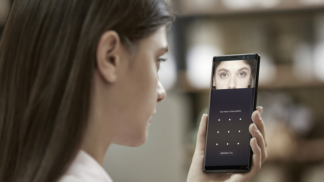 Cà khịa là thế, nhưng Samsung rồi cũng sẽ học theo Apple bỏ luôn củ sạc mà thôi! - ảnh 8