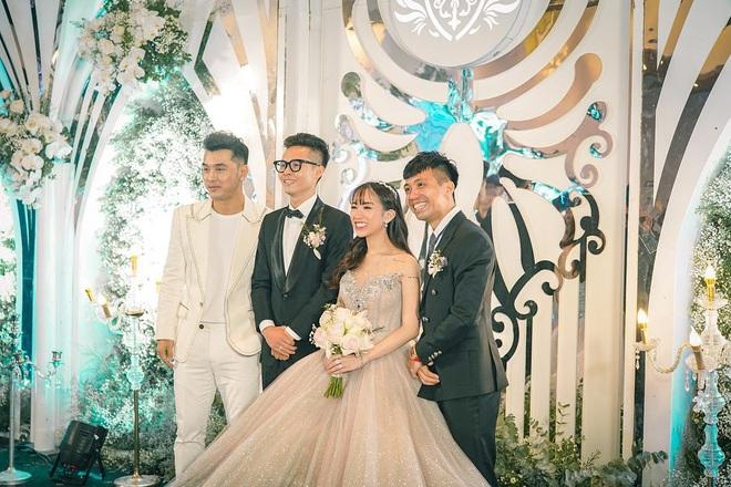 Năm 2019 có tới 5 cặp rich kid Việt tổ chức đám cưới vô cùng xa hoa, đến hiện tại ai cũng hạnh phúc, chỉ có Âu Hà My - Trọng Hưng đùng đùng ly hôn - ảnh 23