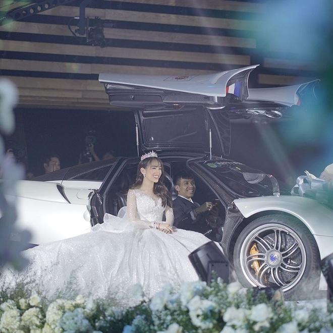 Năm 2019 có tới 5 cặp rich kid Việt tổ chức đám cưới vô cùng xa hoa, đến hiện tại ai cũng hạnh phúc, chỉ có Âu Hà My - Trọng Hưng đùng đùng ly hôn - ảnh 19